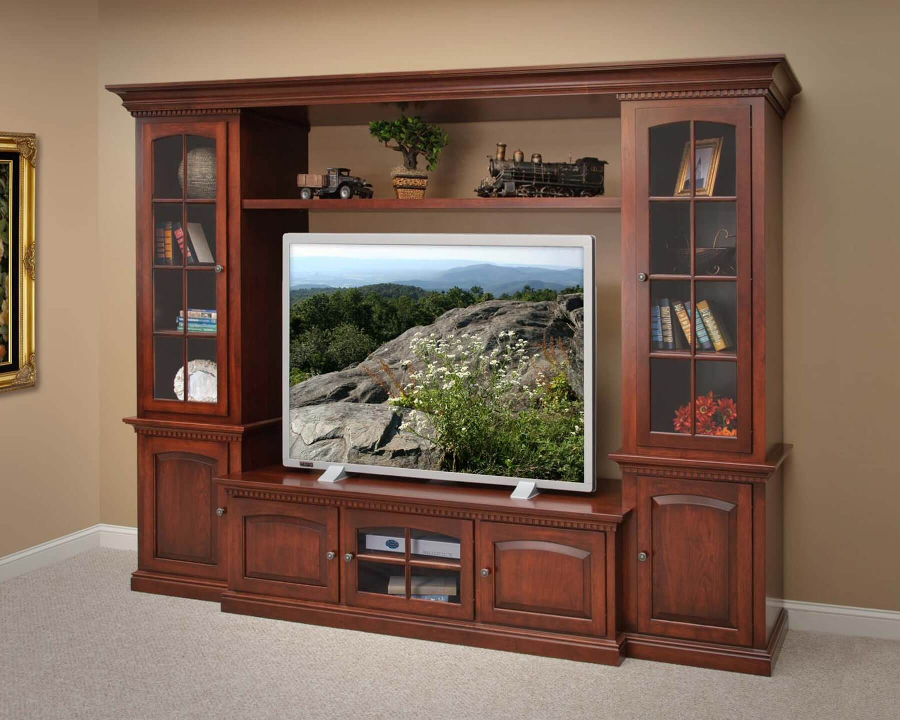 States Manor Wall Unit